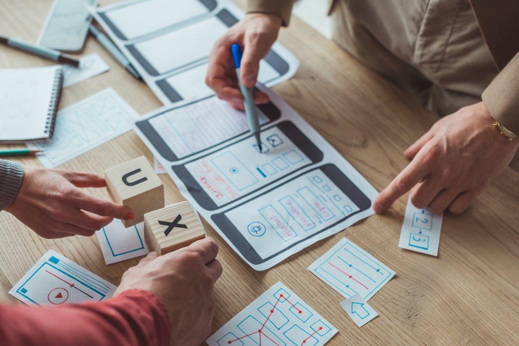 Entenda o que é UX, sua relação com a transformação digital e como implementá-los no seu negócio